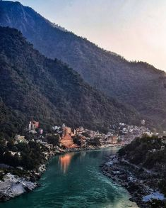 Overview of river ganga. Places To Travel, Places To See, Holiday Destinations In India, Rishikesh India, North India, Travel Tours, India Travel, Incredible India, Beautiful Places