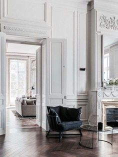 Boiserie bianca in legno (Foto 5/35) | Designmag