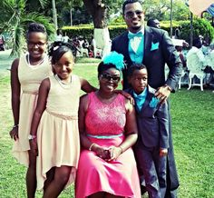 Welcome to St. Zion's Blog: Actor Van Vicker shows off his beautiful family in...