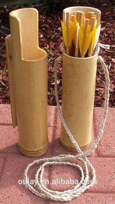 "VDAY - quiver out of bamboo - use pvc instead, use this shape, spray paint gold, also fletch arrows with duct tape heart-shaped ""feathers"" for VDay party Bamboo Cups, Bamboo Art, Bamboo Crafts, Archery Shop, Archery Bows, Archery Hunting, Traditional Bow, Traditional Archery, Bushcraft"