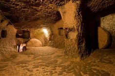 Spooky snaps show an incredible underground city that runs 18 storeys deep in Turkey – and a local only discovered it when he knocked down a wall in his house - Alien UFO Sightings Habitat Troglodytique, History Of Wine, Underground Caves, Ancient Mysteries, Lost City, Beautiful Places To Visit, Ancient Civilizations, Plan Your Trip, Places Around The World