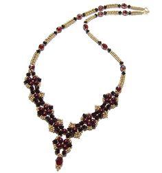 Craving Crystal Beaded Necklace Pattern by Deborah Roberti at Bead-Patterns.com