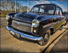 Ford Consul Old Fashioned Cars, Cars Uk, Ford Classic Cars, Old Fords, Car Ford, Ford Motor Company, Expensive Cars, Old Trucks, Luxury Cars