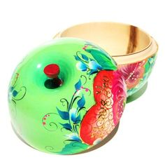 """Russian Handmade Wooden Apple Box """"I love you"""" in Green"""