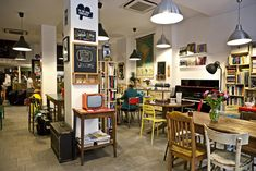 Ostello Bello is the best hostel in Milan city center, near Central Station and in Bagan (Burma / Myanmar): all inclusive, Wi-Fi, restaurant, bar and info point.