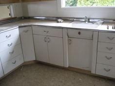 1000 images about youngstown kitchen on pinterest metal for 50s metal kitchen cabinets