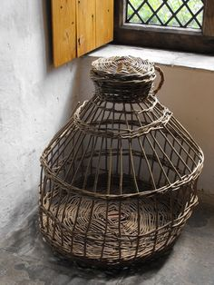 1000 images about baskets and bees on pinterest bee skep baskets and game basket - Wicker beehive basket ...