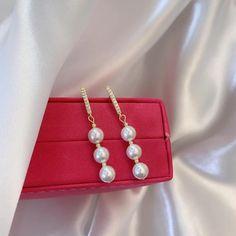 Charm Jewelry 2020 New Delicate Pearl Earrings Women Simple Long Earrings Wedding Party Jewelry | Touchy Style Jewelry Trends 2018, Latest Jewellery Trends, Unique Earrings, Women's Earrings, Earrings Handmade, Pinterest Jewelry, Jewelry Party, Simple Jewelry, Charm Jewelry