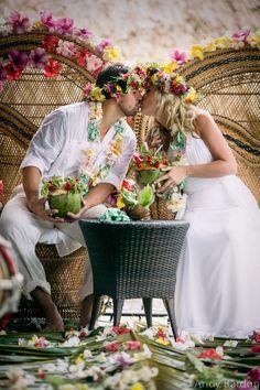 Gorgeous Traditional Polynesian Wedding.