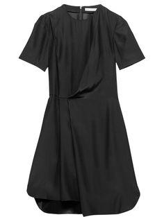 Robe & Other Stories, 125€ tendances : la petite robe noire l'automne-hiver 201-2015 | Vanity Fair