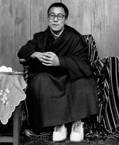 30 Pictures Of World Leaders In Their Youth That Will Leave You Speechless - Young 14th Dalai Lama