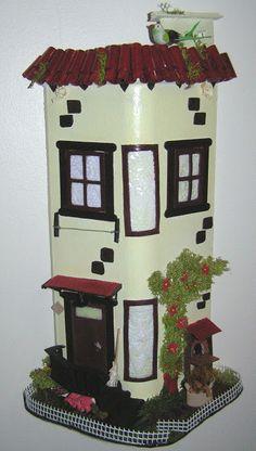 Artesanato em telhas: A casa Urbana - Mede cerca de 50 cm