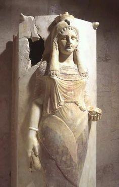 Sarcófago cartaginés de una sacerdotisa hallado en Cartago. Siglo Vl-lV.a.C.