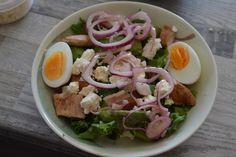 ELÄMÄÄ KOIVURANNASSA; cobb-salaatti