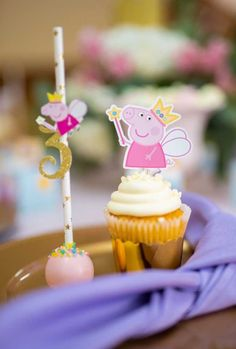 This Colorful Peppa Pig Birthday Party features an amazing birthday cake, Peppa Pig themed desserts, decorations, party supplies and party favors. Bolo Da Peppa Pig, Cumple Peppa Pig, Peppa Pig Birthday Cake, Fairy Birthday Party, Cool Birthday Cakes, Birthday Cake Girls, 2nd Birthday, Peppa Pug, Pig Party