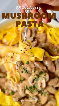This vegan mushroom sauce and pasta recipe is a quick and simple comforting weeknight meal. With a deliciously creamy vegan mushroom gravy pasta sauce, you can create a more-ish, creamy vegan pasta re Creamy Mushroom Pasta Sauce, Vegan Mushroom Pasta, Vegan Mushroom Gravy, Vegan Pasta Sauce, Creamy Vegan Pasta, Pasta Recipes Mushroom, Mushroom Meals, Quick Pasta Sauce, Vegan Gravy