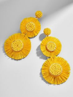 Delicately beaded centerpieces lend flair, while a playful fringe seriously turns up the drama. Did we mention how a colorful palette feels effortlessly on-trend? Trust us - these drop earrings are a must for any jewelry lover. Diy Jewelry, Jewelry Accessories, Handmade Jewelry, Jewelry Design, Yellow Accessories, Star Jewelry, Diy Earrings, Crochet Earrings, Yellow Earrings