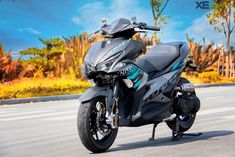 Discover recipes, home ideas, style inspiration and other ideas to try. Yamaha Scooter, Scooter Motorcycle, Aerox 155 Yamaha, Gas And Electric, Bike Art, Sport Bikes, New Wave, Motorbikes, Automobile