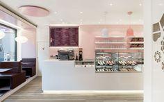 DIA – Dittel Architekten entwirft und gestaltet eine Cupcake Boutique in Stuttgart und übersetzt die Liebe zur Cupcake-Kreation in Architektursprache.