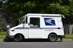 ►► Want Your Mailbox Overflowing With FREE Samples? ►► #Free, #FREESample, #FREEStuff, #Freebie, #Freebies, #Frugal, #Sample ►► Freebie Depot Good Objective For Resume, Resume Objective Examples, Us Postal Service, United States Postal Service, Puerto Rico, Election Office, Finding The Right Job, Workers Day, Workers Union