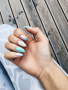 blue summer nails