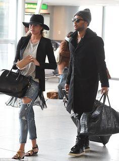 chrissy teigen// john legend Couple fashion inspiration
