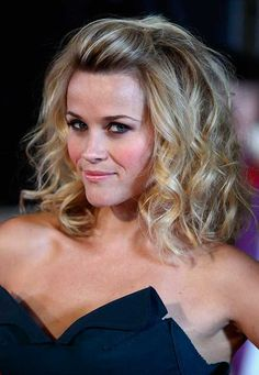 New Hair Peinados Medio Media Melena Ideas Wedding Guest Hairstyles, Party Hairstyles, Trendy Hairstyles, Medium Hair Styles, Curly Hair Styles, Reese Witherspoon, How To Make Hair, Great Hair, Ombre Hair