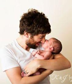 Simon Helberg and his baby girl