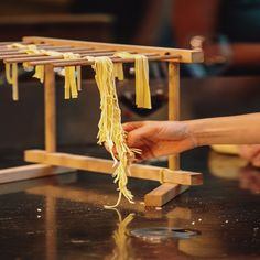 The Real History Of Pasta And How It Came To Italy? It's a common myth that pasta is an Italian food item. Here's the truth about how pasta came to Italy and where it actually originated from. Pasta Restaurants, Chicago Restaurants, Italian Pasta Recipes, Food Items, Things To Come, Italy, History, Italia, Historia