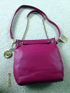 Looking for the perfect bag for summer? Check out this pink leather Michael Kors crossbody bag on ebay! $70 off regular price!