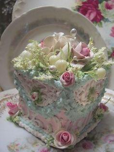 Amazing! Fake Food Slice of Cake Shabby Pink Roses Victorian