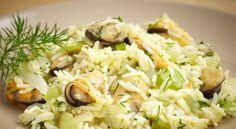 Μύδια με πιλάφι και φινόκιο! Greek Recipes, My Recipes, Recipe Collection, Grains, Rice, Food, Gastronomia, Eten, Greek Food Recipes
