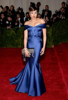 """Alicia Quarles Photos - TV personality Alicia Quarles attends the """"Charles James: Beyond Fashion"""" Costume Institute Gala at the Metropolitan Museum of Art on May 2014 in New York City. - Red Carpet Arrivals at the Met Gala — Part 3 Gala Gowns, Gala Dresses, Satin Dresses, Blue Dresses, Strapless Dress Formal, Celebrity Fashion Looks, Celebrity Dresses, Celebrity Style, Red Carpet Gowns"""