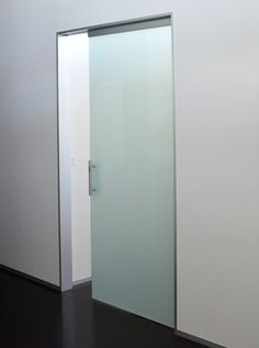 Single Glass Sliding Door