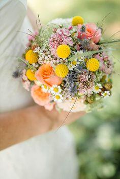 #Brautstrauss im Vintage-Stil zur Hochzeit #Bauernhochzeit
