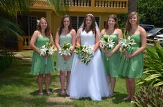 My favorite bridal party pic