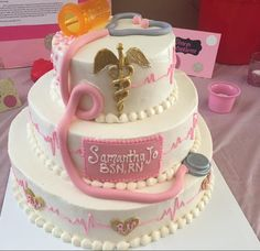 Graduation cake from Chamberlain BSN student Samantha Jo