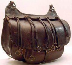 Hunting cartridge shoulder bag