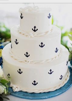 anchor cake <3 red on bottom, white in the middle, and blue on top#!!!
