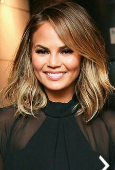 haircut for rounded chrissy teigen shows new hair do hairs 6061