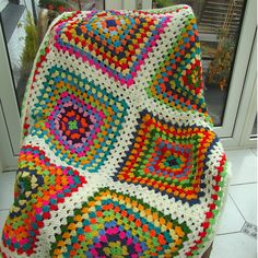 These colors!! I love them together and I like that these are large granny squares!