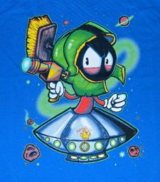 psycho marvin the martian   Looney Tunes Marvin the Martian in His Spaceship w/ Ray Gun T-Shirt ...