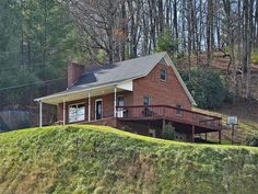 79 Beaverdam Church Rd, Canton, NC 28716. $194,000, Listing # 3134691. See homes for sale information, school districts, neighborhoods in Canton.
