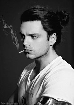 fujoshizzle:Bucky Barneswhile chatting with lostromanianpuppy I remembered how much I'm dying to see Bucky/Seb in Civil War with long hair again, specifically with a man bun…