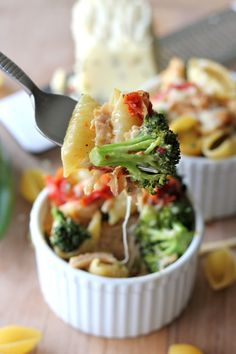 Lightened Up Broccoli Mac Cheese by damndelicious. Recipe adapted from iowagirleats