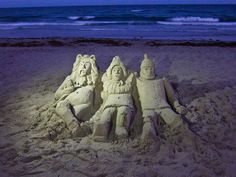 Wizard of Oz Sand Sculpture on Delray Beach, Florida by Scott Beale