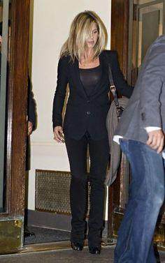 Jennifer Aniston Fashion and Style - Jennifer Aniston Dress, Clothes, Hairstyle - Page 8