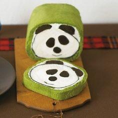 green tea cake roll with a panda inside LOL. Tea Cakes, Cupcake Cakes, Bento, Panda Bread, Swiss Roll Cakes, Panda Cakes, Green Tea Recipes, Japanese Tea Ceremony, Japanese Sweets