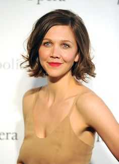 Maggie Gyllenhaal - Hairstyles for Round Faces