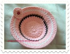 Crochet and Knitted Dolls. Lil Sweet, Knitted Dolls, Lana, Serving Bowls, Tableware, Handmade, Gifts, Jute, Tejidos